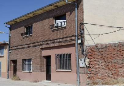 Paired chalet in calle del Alegre